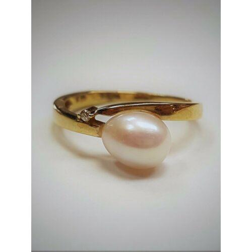 Gyémánt, gyöngy gyűrű