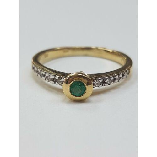 Gyémánt, smaragd gyűrű