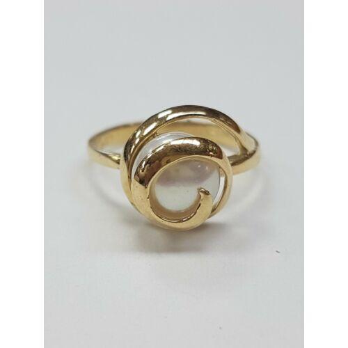 Gyöngyös gyűrű