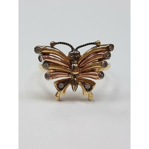 Pillangós gyűrű