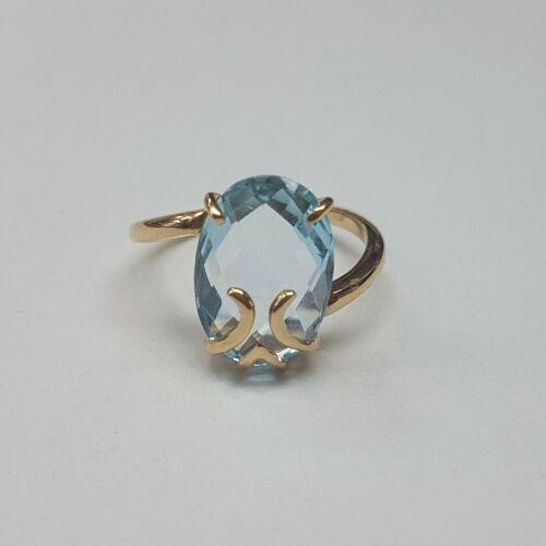 Akvamarin köves arany gyűrű
