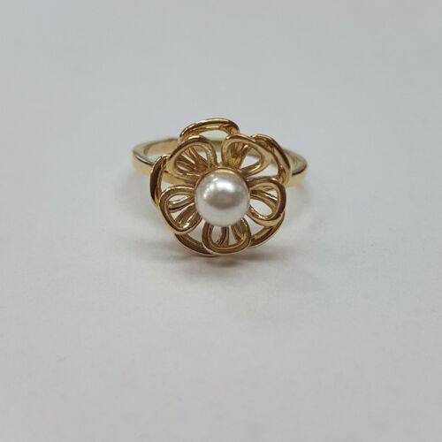 Arany tenyésztettgyöngyös gyűrű