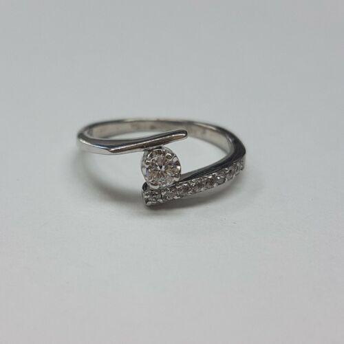 Fehérarany eljegyzési gyűrű