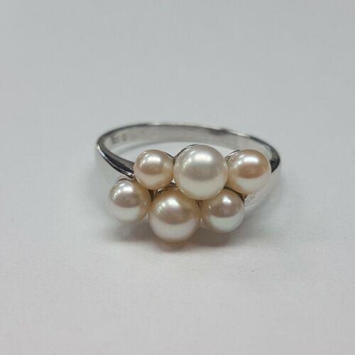 Fehérarany tenyésztett gyöngyös gyűrű